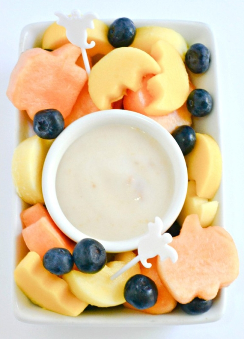 Halloween-shaped-fruit-with-a-coconut-yogurt-dip-683x1024